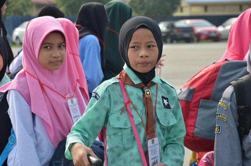 Wajah-wajah ceria anak murid SK Antara Gapi